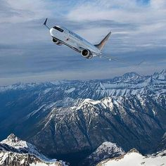 Air North, Canadian Airlines, Cool Backdrops, Pilot License, Boeing Aircraft, Draw On Photos, Commercial Aircraft, Air Travel, Airplanes
