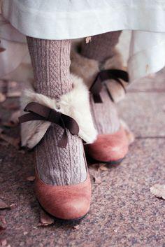 mellowpx:    pedalfar:    girlsbravo:    mintchip:    mamxxx:    綿の花:    chocolaterabbit:    (経由 審美ロリータ)