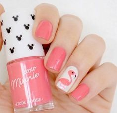 Cute pastel pink flamingo summer nails 2018. Love this acrylic designs perfect for long and short nails and hot summer wedding! #summernails #summerstyle #nails #nailartdesigns #nailart #flamingo #beach