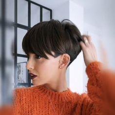 """Edgy Frisur 2019 Edgy Frisur 2018 20 Kurze Shaggy Spiky Edgy Pixie Schnitte und Frisuren 2017 Edgy Frisur 2018 30 Heißeste Pixie""""},""""created_at"""":""""Fri, 04 Jan 2019 Baby Girl Hairstyles, Pixie Hairstyles, Braided Hairstyles, Cool Hairstyles, Short Wedge Hairstyles, Brown Hairstyles, Hairstyle Ideas, Short Hair Makeup, Elegant Wedding Hair"""