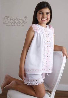 Pijama Alejandra Dresses Kids Girl, Little Girl Outfits, Kids Outfits Girls, Girls Party Dress, Toddler Outfits, Baby Dress, Young Fashion, Tween Fashion, Frocks And Gowns