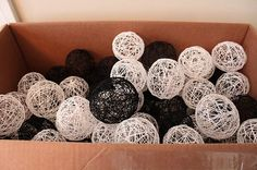 DIY yarn balls. Better instruction for getting the shapes rounder.