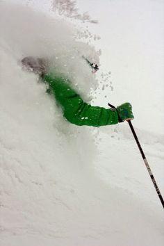 ¿A quién lo le apetece un poco de #nieve ? #esqui #montaña
