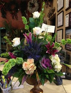 michaels floral arrangements | ... Winning Signature Arrangement from Steven Santos, J. Michaels Florist
