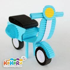 Kokoru is a colour corrugated paper that can be used to make 3 or 2 dimentional object by folding, rolling, cutting and gluing. Quilling Images, Paper Quilling Cards, Paper Quilling Tutorial, Quilled Paper Art, Paper Quilling Designs, Quilling Patterns, Quilling Dolls, Quilling Animals, Quilling Craft