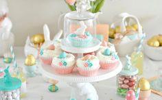 easter table settings | 27 Fancy Easter Sunday Table Settings - Tip Junkie