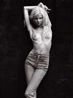 Jennifer lawrence nude leaked pics