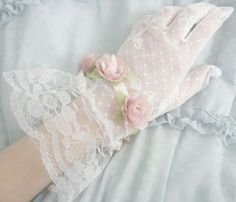 Imagem de vintage, gloves, and lace