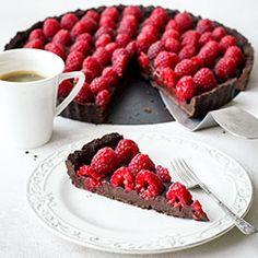 Tarta czekoladowa z malinami   Kwestia Smaku