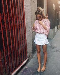 Cutoff Denim Skirt | Striped Shirt | Casual Blogger Street Style Outfit Idea Summer Sandals