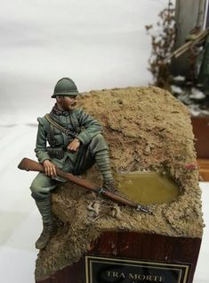 Italian Private IWW - Virtual Museum of Historical Miniatures Military Diorama, Military Art, Military Action Figures, Italian Army, French Army, Miniature Figurines, World War One, Toy Soldiers, Vignettes