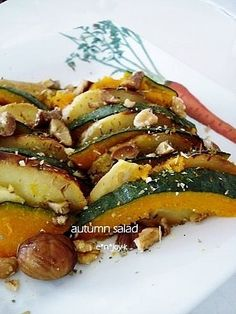 温野菜サラダ』にしてみない?ホットサラダの定番&アレンジレシピ10選 ... イタリアンシーズニングとクルミを散らして