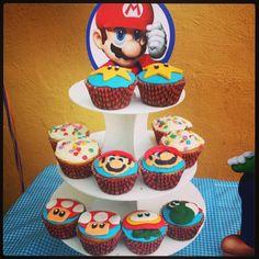 Cupcakes de Mario Bros de blueberry! Yumi!!