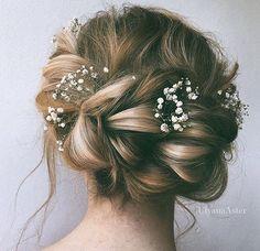 wedding hair / baby's breath