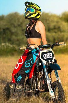 Motocross Outfits, Motocross Love, Motocross Girls, Motorcross Bike, Motocross Riders, Motorbike Girl, Motorcycle Bike, Motorcycle Touring, Motorcycle Quotes