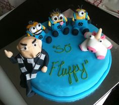 My little Despicable Me cake for my boyfriends sister : )