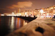 I live here 2nd Kordon. Alsancak.     Seaside to Alsancak