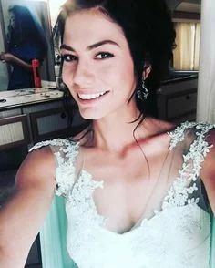 Fotoğraf Turkish Beauty, She Was Beautiful, Turkish Actors, Actors & Actresses, Hairstyle, Celebs, Wedding Dresses, Instagram Posts, Turkey