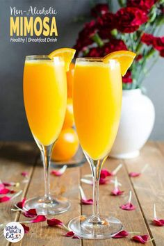 Non Alcoholic Apple Cider Mimosa Best Sparkling Apple Cider Mimosa Recipe - Only 2 ingredients quick simple and an amazing brunch drink. It is also healthy, non alcoholic & naturally sweetened. Healthy Brunch, Healthy Drinks, Healthy Nutrition, Healthy Eating, Non Alcoholic Mimosa, Non Alcoholic Sparkling Wine, Alcoholic Beverages, Best Mimosa Recipe, Virgin Mimosa Recipe