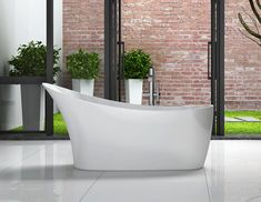 Vienna Freestanging Bathtub - Oceania - Reasonably price compared to other slipper tubs of this style.