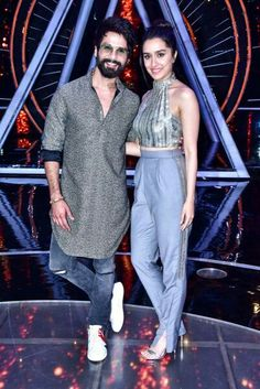 Shahid Kapoor, Shraddha Kapoor, Bollywood Celebrities, Celebrities Fashion, Indian Idol, Indian Actresses, Beautiful Dresses, Ready To Wear, Celebrity Style