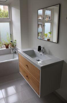 SkabRum, Bathroom furniture. #bathroom #customerpictures #danishdesign #design #smokedoak #wood #bolig #bademøbel #badeværelse #inspiration