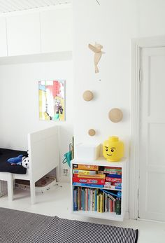 | STUVA | muuto dots and lego head for liams room