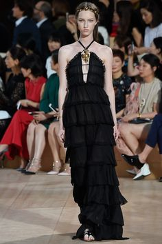 Valentino Fall 2015 Couture Collection Photos - Vogue