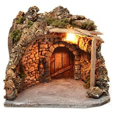 Illuminated stable with wooden porch and cork for Neapolitan Nativity Scene cm Nativity Stable, Diy Nativity, Christmas Nativity Scene, Christmas Ornament Crafts, Christmas Gnome, Christmas Villages, Christmas Houses, Christmas Crib Ideas, Outdoor Christmas Decorations