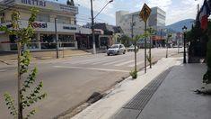 Sidewalk, City, Tourism, Side Walkway, Sidewalks, Pavement, Walkways