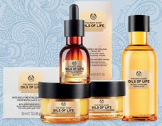 Give New Life to your Skin with The Body Shop - The Oils of Life™ collection is designed to intensely revitalize your skin. Body Shop Online, Body Shop At Home, The Body Shop, Body Shop Skincare, Korean Eye Makeup, Face Care Tips, Oil Shop, Beauty Box, Beauty Skin
