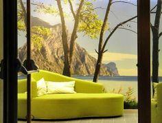 Torbole (Trentino) - L'Ecohotel Bonapace è stato inaugurato lo scorso maggio ed ha fatto il pieno di turisti. Tante le certificazioni che ne testimoniano l'efficienza e il minor impatto sull'ambiente.