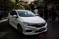 2017 Honda City Modulo body kit launched in Thailand Honda City 2017, New Honda, Exotic Cars, Cars And Motorcycles, Automobile, Thailand, Product Launch, Bike, Vehicles