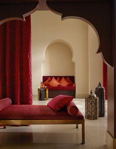 Palais Marrakech at SAHCO Seit Jahren beweist SAHCO eine große und innovative Kompetenz in der Entwicklung von TREVIRA CS–Stoffen. Die Kollektion Palais Marrakech setzt hier neue Maßstäbe und ist ein klares Statement, sowohl stilistisch als auch qualitativ.