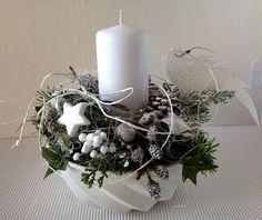 Weihnachtsdeko - Guglhupfform weihnachtlich Kerze weiss silber - ein Designerstück von gittirai bei DaWanda