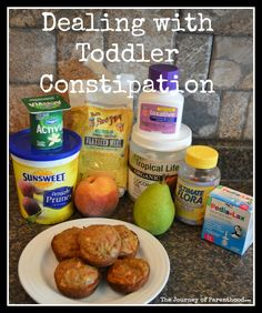 Dealing with Toddler Constipation - How to Relieve Constipated Children. Tips and Tricks for Getting Bowls Moving for Kids - Including Foods to Eat and Avoid! Banana Benefits, Lemon Benefits, Toddler Potty, Toddler Meals, Toddler Food, Baby Meals, Toddler Stuff, Constipated Toddler, Kids Constipation