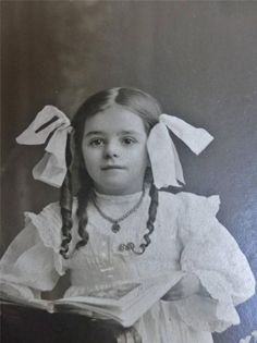 Antique Photo on Board Pretty LITTLE GIRL cute LONG SAUSAGE CURLS & Bows c1900