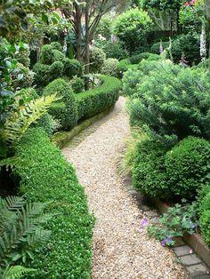 pea stone and block path