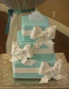 25 Adorable And Elegant Bow Wedding Cakes: #6