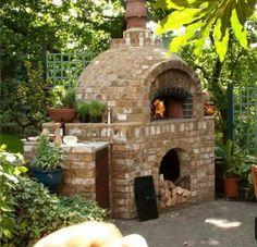 Comment construire un barbecue en brique- guide et photos How to build a handy brick barbecue guide and photos Brick Oven Outdoor, Pizza Oven Outdoor, Outdoor Cooking, Outdoor Entertaining, Brick Bbq, Outdoor Rooms, Outdoor Living, Outdoor Kitchens, Brick Face