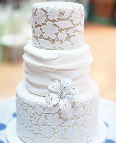 Gorgeous lace detailed wedding cakes!!
