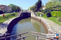 Ecluse sur le Canal du Midi près de Trèbes, photo par l'agence 22h43