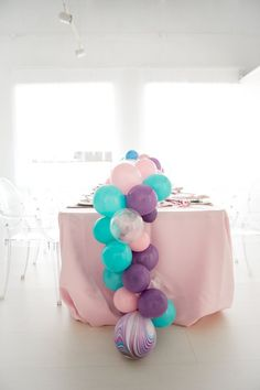 Check out Scarlett Events Party Kits First Birthday Party Decorations, Birthday Themes For Boys, First Birthday Invitations, Party Themes, Birthday Ideas, Party Ideas, Elsa Birthday, Unicorn Birthday Parties, Unicorn Party