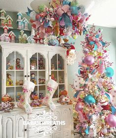 This is my fav tree I did this year the colors just capture my heart. 6 days and counting yall! This is my fav tree I did this year the colors just capture my heart. 6 days and counting yall! Candy Land Christmas, Pink Christmas Tree, Whimsical Christmas, Grinch Christmas, Christmas Tree Themes, Christmas Gingerbread, Xmas Tree, Christmas 2019, Christmas Holidays