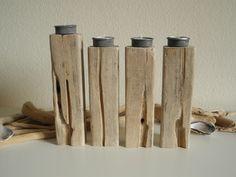 *--TOWERS OF BABYLON-- Teelichthalter aus Treibholz*    Einem langen Treibholzbalken (Fundort Atlantikküste Nordspanien) haben wir in vier  Teelich...