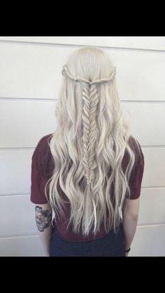 Great hair idea(especially for an amusement park day)