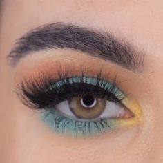 Pretty Colorful Eye Makeup Tutorial - SHANY All In One Harmony Makeup Kit – Ultimate Color Combination 98 Shimmer Eye Shadows – Highl - Makeup Eye Looks, Eye Makeup Steps, Eye Makeup Art, Eyeshadow Makeup, Hair Makeup, Makeup Meme, Blue Eyeshadow, Eyeshadow Ideas, Teal Eyeliner