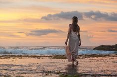 Free Image on Pixabay - Sunset, Beach, Woman, Looking, Dusk Mario Williams, The Beach, Sunset Beach, Bolivia Travel, Ocean Deep, Profile Picture For Girls, Vacation Deals, Mexico Vacation, Best Photographers