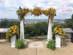 Fall Sunflower wedding arch/arbor flower inspiration in Birmingham at the Vulcan. Fall Sunflower wedding arch/arbor flower inspiration in Birmingham at the Vulcan. Fall Sunflower Weddings, Sunflower Wedding Decorations, Wedding Arch Flowers, Rose Wedding, Wedding Bouquets, Dream Wedding, Sunflower Table Centerpieces, Wedding Boutonniere, Wedding Arches