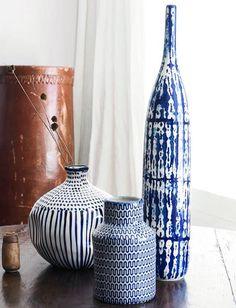 ZaraHome Indigo De kleur indigo wordt dit seizoen gecombineerd met naturel linnen en wordt opnieuw uitgevonden met behulp van de prints.
